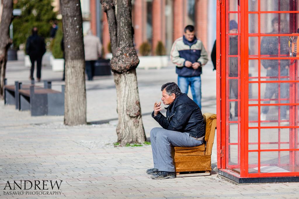 IMAGE: http://www.lasavio.com/images/potn/waiting.jpg